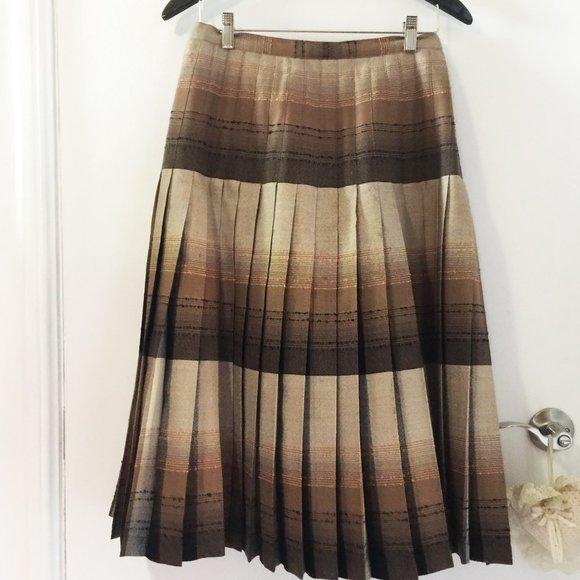 50% OFF Highland Queen long kilted skirt